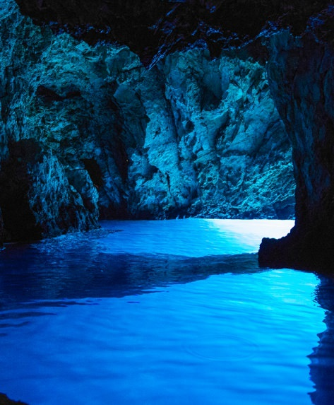 blue cave from split